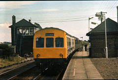 Class 101 DMU @ Ty Croes, Anglessey, 19/08/1978 [slide 7801] (graeme9022) Tags: uk wales train island br mechanical diesel metro low north transport rail transportation multiple british local passenger 1970s railways metropolitan regional density unit cammell cammel