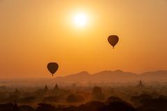 Temples of Bagan (SLpixeLS) Tags: morning mist sunrise de temple soleil pagoda burma hotair balloon myanmar asie brume lever matin pagode montgolfière birmanie abigfave platinumheartaward earthasia bestcapturesaoi elitegalleryaoi