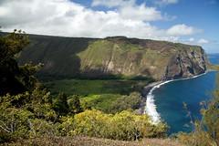 Waipio Valley from the Lookout, Hawai'i (Big Island) (Roger Gerbig) Tags: waipiovalley hawaii bigisland rogergerbig canon5dmkii hamakuadistrict 2894