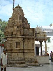India Udaipur Templo Jagdish 11 (Rafael Gomez - http://micamara.es) Tags: india de temple viajes indien templo rajasthan udaipur inde jaqdish