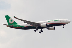 EVA Air A330 (Martyn Cartledge / www.aspphotography.net) Tags: plane airplane photography fly flying wings eva bangkok aircraft aviation air transport flight jet aeroplane 330 civil airline airbus asp aviator a330 airliner aero airfield evaairlines b16311 subvarnabhumi aspphotography wwwaspphotographynet