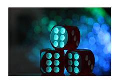 Another Bokeh (Tostaky2) Tags: dice dé jeu game light lumière number numéro six blur flou macro