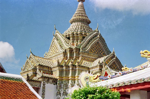 WAT BENCHAMABOPHIT (THE MARBLE TEMPLE) by Ik T