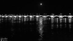 Pont De Pierre (Laurent Quérité) Tags: blackwhite bordeaux pont noiretblanc paysage landscape ville nuit canoneos7d canonefs1022mmf3545usm canonflickraward