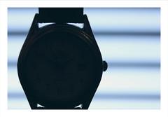 Macro Mondays : Beauty (+ text) (Tostaky2) Tags: beauté beauty macro macromondays watch montre temps heure time beautiful définition canon eos550d