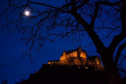 "Edinburgh Castle • <a style=""font-size:0.8em;"" href=""http://www.flickr.com/photos/22350928@N02/30484029495/"" target=""_blank"">View on Flickr</a>"