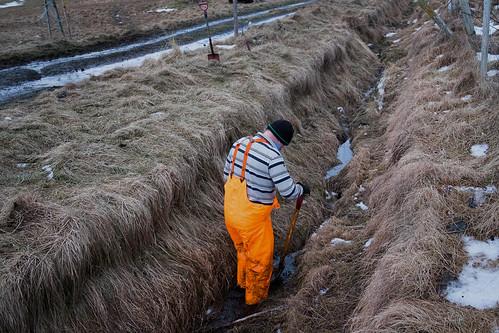"""Þrif eftir skítmoksturinn • <a style=""""font-size:0.8em;"""" href=""""http://www.flickr.com/photos/22350928@N02/32215088345/"""" target=""""_blank"""">View on Flickr</a>"""