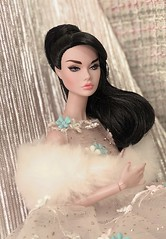 Glamorous Darling (duckhoa_le) Tags: poppy parker glamorous glamor raven hair paris springtime spring bon 2017 2018 2019 brunette audrey hepburn sabrina new york w club integrity toys exclusive dress fashion editorial photography yellow golden holiday christmas party year girl portrait duc khoa le