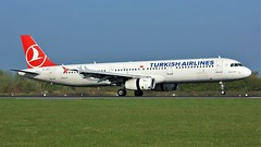 TC-JSC (AnDyMHoLdEn) Tags: turkishairlines a321 staralliance egcc airport manchester manchesterairport 05r