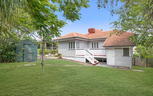 22 Brooks Street, Camp Hill QLD 4152