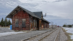 Train station in decay / Gare de train en décrépitude (GEMLAFOTO) Tags: massonangers gare trainstation decay décrépitude michelgauthier gatineau