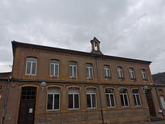 Point de départ, la mairie de Châtel Saint Germain, ancienne école ! (Πichael C.) Tags: 140419 randonnée châtel st germain et plateau de rozérieulles rando balade promenade nature metz 57 moselle hike