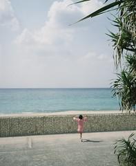 Back in Amami Island (Yuki Ishikawa Photography) Tags: pentax67 pentax67ⅱ mediumformat filmphotography film amamiisland 奄美大島 奄美 フィルム写真 6x7 バケペン 女の子