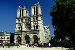 París - Notre Dame (Garciamartín) Tags: catedral notredame parís patrimoniohumanidad gótico arquitectura arte europa garciamartín nino
