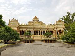 To Phnom Penh 2