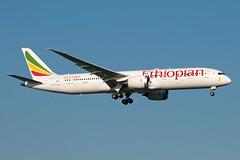 ET-AUO_20190413_49904_M (Black Labrador13) Tags: etauo boeing 787 b787 7879 dreamliner ethiopian airlines bru ebbr avion plane aircraft vliegtuig airliners civil