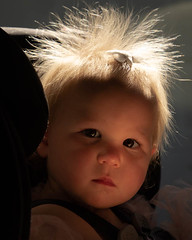 Backlit twin regards her Grandpa (Dave_Lawrence) Tags: elle gkids gkids419