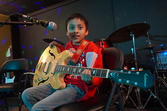 DSC01614 (NYC Guitar School) Tags: nycgs nyc new york city guitar school recital 41319 performance music kids teens band rock plasticarmygirl ues 2019 upper east side