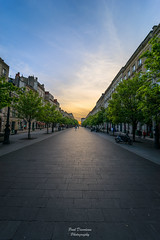 Green Way (PaaulDvD) Tags: bordeaux city gironde aquitaine france colors reflet sun sunset blue urbanscape cityscape