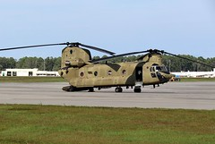 Hurricane Florence Relief 2018, (hondagl1800) Tags: hurricaneflorencerelief2018 aircraft aviation helicopter rotary rescue rescuehelicopter relief hurricane hurricaneflorence hurricaneflorencerelief hurricaneflorence2018 military militaryaviation militaryvehicle militarytransport militarytraining militaryrescue militaryhelicopter