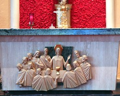 The Last Supper (Prayitno / Thank you for (12 millions +) view) Tags: thelastsupper passion jesus christ judas iscariot bagofmoney 30silver betrayal betray betrayed roman catholic church iglesia igreja gereja catolica katholik st saint jerome fll fort lauderdale fl florida altar tabernacle red color