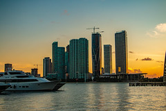 Miami Downtown Skyline-9787 (islandfella) Tags: miami florida macarthur causeway skyline city downtown sunset duck silhouette skyscrapers water marine island gardens bridge sky boats luxury evening