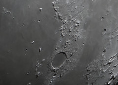 cratère platon (bigoude62100) Tags: autostakkert registax photoshop telescope mak mak180 maksutov lunette skywatcher lune lunaire lunar solaire solar system système systeme moon deep sky deepsky