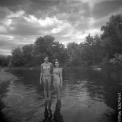 Holga-Acros-01-02.jpg (Mauricio Miret) Tags: epsonv600 holga acros100 ilfosol silverscan bw film blackandwhite
