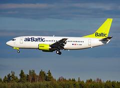 YL-BBR (Skidmarks_1) Tags: airbaltic boeing737 ylbbr