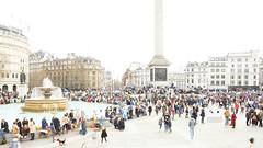_B5A2764REWS Trafalgar Square, © Jon Perry, 23-3-19 zbq (Jon Perry - Enlightenshade) Tags: trafalgarsquare london highkey longexposure motion people flow jonperry enlightenshade arranginglightcom 23319 20190323