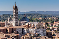Duomo di Siena (T Ironman) Tags: piazzadelcampo campo siena tuscany toscana italy square old oldtown beautiful fromthetop city town fountain pool water redcanopy canopy cityscape oldbuilding windows bellaitalia bella italia fromthetower duomo duomodisiena cathedral church stripes marble rooftops medieval oldandnew architecture hills mountains