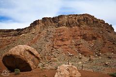 DSC_0560 (classic77) Tags: giant boulders desert