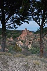 Turruncun (La Rioja) (pascual 53) Tags: decadencia larioja canon eos5ds 1635mm abandono desaparecido ruinas ocaso