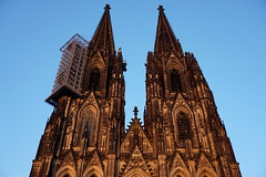 Cologne Cathedral at the golden hour 1 (hermann.kl) Tags: köln cologne kölnerdom colognecathedral goldenestunde goldenhour