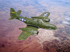 """1:72 Bell XP-68A """"Airagator"""" (a.k.a. """"Barrelcobra""""), second prototype; USAAF s/n 42-228878; Muroc Dry Lake during flight test and evaluation, April 1944 (Whif/kitbashing) (dizzyfugu) Tags: 172 bell airacobra j31 jet engine halford h1 goblin barrel gloster meteor muroc dry lake evaluation prototype olive drab desert test wwii kitbashing airfix modellbau dizzyfugu whif whatif fictional aviation aircraft fighter 20mm hispano cannon jetcobra"""