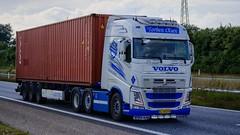 AJ48076 (16.08.31)DSC_9178_Balancer (Lav Ulv) Tags: 209495 volvo volvofh fh460 e5 euro5 white torbenolsen tolsentransport gedved 6x2 fh4 container triton 2013 truck truckphoto truckspotter traffic trafik verkehr cabover street road strasse vej commercialvehicles erhvervskøretøjer danmark denmark dänemark danishhauliers danskefirmaer danskevognmænd vehicle køretøj aarhus lkw lastbil lastvogn camion vehicule coe danemark danimarca lorry autocarra danoise vrachtwagen motorway autobahn motorvej vibyj highway hiway autostrada trækker hauler zugmaschine tractorunit tractor artic articulated semi sattelzug auflieger trailer sattelschlepper vogntog oplegger sættevogn