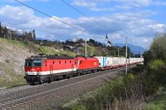 1144 243 + 1116 148, KGAG 42510. Mühldorf-Möllbrücke (M. Kolenig) Tags: 1144 1116 kirche tauernbahn baum wolken