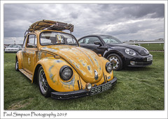 1971 Yellow VW Beetle (Paul Simpson Photography) Tags: carshow volkswagenbeetle vw sonya77 paulsimpsonphotography april2019 cars car transport doncaster imagesof imageof photoof photosof yellowcar europeancars uk ukcarshows traffic carsofthe1970s
