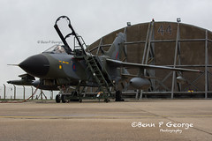 TORNADO-GR4-ZG752-8-3-19-RAF-MARHAM-(7) (Benn P George Photography) Tags: rafmarham 8319 bennpgeorgephotography tornadofinale mightyfin royalairforce tornado gr4 zg752 camojet retro camo 9sqn 31sqn panavia nikon nikond7100 nikon18105vr