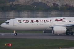 3B-NBU / Airbus A330-941 / 1884 / Air Mauritius (A.J. Carroll (Thanks for 1 million views!)) Tags: 3bnbu airbus a330941 a330900 a330 a339 330 339 1884 trent7000 airmauritius ckbe 060035 london heathrow lhr egll 09r