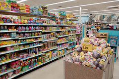 Walgreens Easter Holiday Aisle 3-21-19 01 (anothertom) Tags: iowacoralville walgreens shopping store easterholiday plushtoys candy treats sweets plushies pastelcolors easterplushies springtheme aisle overload 2019 sonyrx100ii