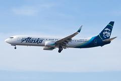 Alaska Airlines Boeing 737-900ER N285AK (jbp274) Tags: lax klax airport airplanes alaskaairlines boeing 737