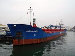 "Coaster ""Frisian River"", Poole quay  160419 (chrisdpyrah) Tags: frisian river coaster poole quay newtide vessel"