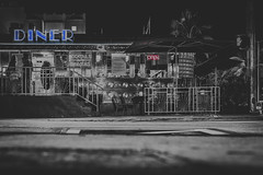 || diner.mbe || (_Jimmy_B) Tags: diner america usa eat food miamibeach miami florida travel holiday city stadt blackwhite nikonfx nikon nikond750 d750 fullframe way life couple drinks silverefex niksoftware