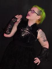 DSCN2144 (sprietkayleigh) Tags: friends gothic greenhair vape sassyfriends bestfriends