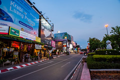 Street in City of Chiangmai (Thanathip Moolvong) Tags: mueangchiangmai chiangmai thailand street city evening