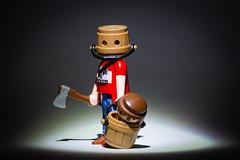 smile (michaelmuc79) Tags: playmobil playmo toys spielzeug killer spooky gruslig halloween axt eimer bucket