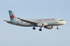 Air Canada Airbus A320 C-FGKH (jbp274) Tags: lax klax airport airplanes aircanada ac airbus a320