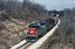 SP 9347 in Preston Heights, Illinois on March 8, 1993 (soo6000) Tags: tunnelmotor sd45t2 sp southernpacific fallenflag sp9347 9347 prestonheights illinois gmo manifest freight train railroad emd upgrade