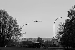 LUX 19/04 (Mehdi Meunier) Tags: spotter spotting spotters ellx planespotting planespotter planes airport airplane airplanes plane avion airlines aviation air luxembourg